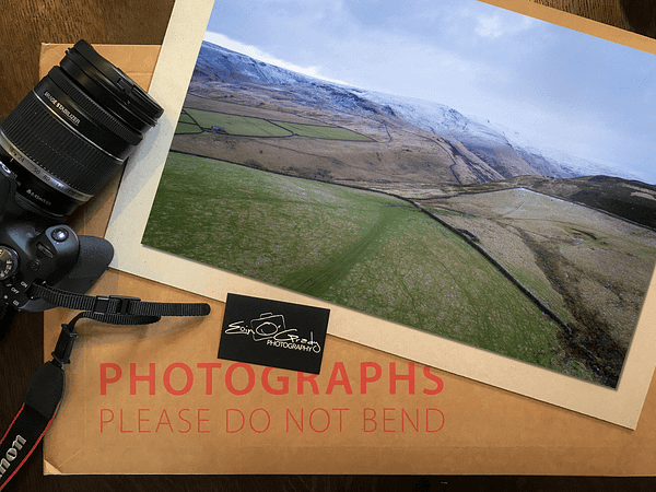 Photo print of snow in the Peak District.